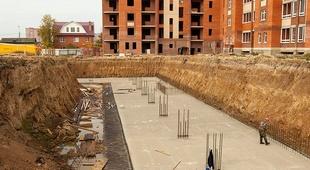 Применение бетона для заливки пола на даче и в других строениях
