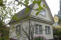 Покупка загородной недвижимости: преимущества профессиональной помощи