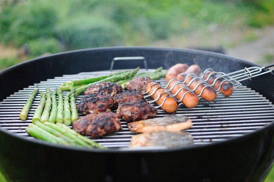 Как приготовить барбекю на газовом гриле: особенности и секреты эксплуатации