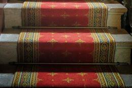 В каких комнатах уместна ковровая дорожка